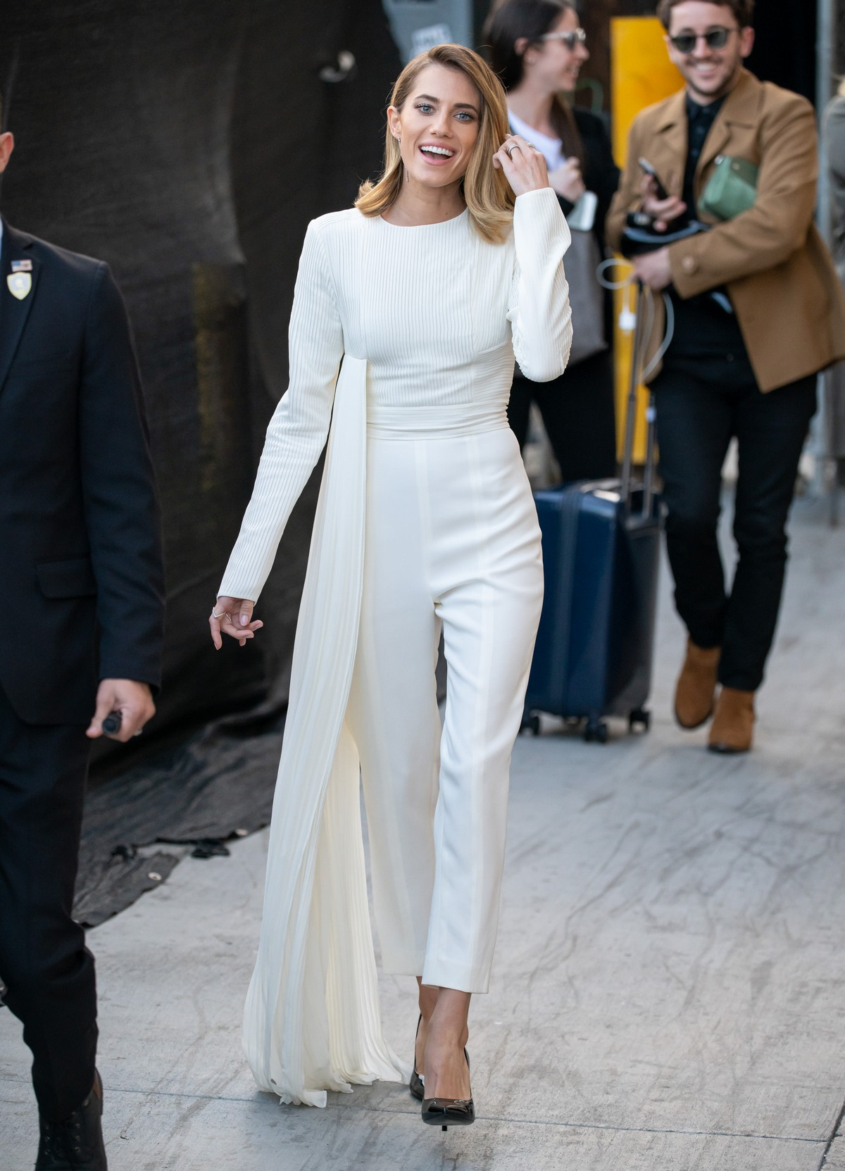 Allison Williams in White Jumpsuit with Long Sleeves at Jimmy Kimmel Live! in Hollywood 2019/05/15 4