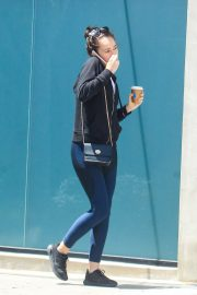 Alycia Debnam-Carey in Hoddies and Tights Out in Beverly Hills 2019/05/16 1