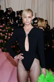 Amber Valletta at The 2019 Met Gala Celebrating Camp: Notes on Fashion in New York 2019/05/06 3