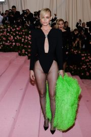 Amber Valletta at The 2019 Met Gala Celebrating Camp: Notes on Fashion in New York 2019/05/06 4