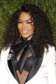Angela Bassett at The Tribeca Film Festival in New York 2019/04/29 8
