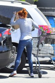 Ariel Winter Out for Grocery Shopping in Studio City 2019/05/08 2