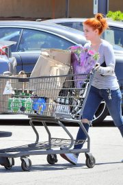 Ariel Winter Out for Grocery Shopping in Studio City 2019/05/08 4
