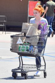 Ariel Winter Out for Grocery Shopping in Studio City 2019/05/08 5