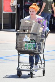 Ariel Winter Out for Grocery Shopping in Studio City 2019/05/08 7