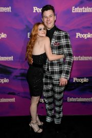 Ariel Winter with co-star Nolan Gould at Entertainment Weekly & PEOPLE New York Upfronts Party 2019/05/13 3