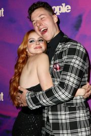 Ariel Winter with co-star Nolan Gould at Entertainment Weekly & PEOPLE New York Upfronts Party 2019/05/13 4
