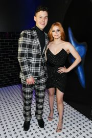 Ariel Winter with co-star Nolan Gould at Entertainment Weekly & PEOPLE New York Upfronts Party 2019/05/13 6