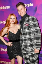 Ariel Winter with co-star Nolan Gould at Entertainment Weekly & PEOPLE New York Upfronts Party 2019/05/13 9