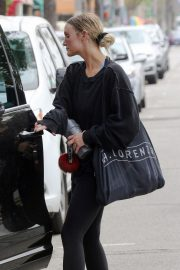 Ashlee Simpson leaving the GYM in Los Angeles 2019/05/02 10