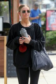 Ashlee Simpson leaving the GYM in Los Angeles 2019/05/02 13
