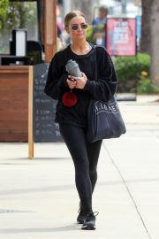 Ashlee Simpson leaving the GYM in Los Angeles 2019/05/02 14