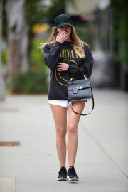 Ashley Benson Out in Studio City Before the Gym 2019/05/09 3