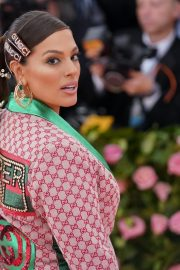 Ashley Graham at The 2019 Met Gala Celebrating Camp: Notes on Fashion in New York 2019/05/06 4