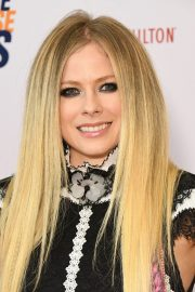 Avril Lavigne at 26th Annual Race to Erase MS at the Beverly Hilton Hotel 2019/05/10 5