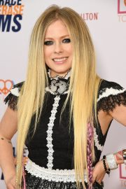 Avril Lavigne at 26th Annual Race to Erase MS at the Beverly Hilton Hotel 2019/05/10 6
