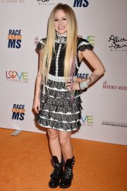 Avril Lavigne at 26th Annual Race to Erase MS at the Beverly Hilton Hotel 2019/05/10 8