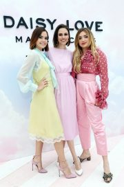 "Bailee Madison at Marc Jacobs Daisy Love ""So Sweet"" Fragrance Popup Event Los Angeles 2019/05/09 6"