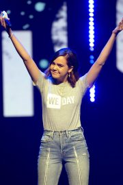Bailee Madison attends WE Day Chicago at the Forum 2019/05/08 1
