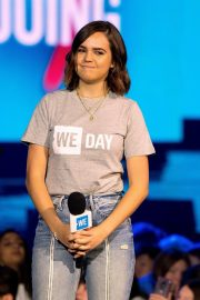 Bailee Madison attends WE Day Chicago at the Forum 2019/05/08 7