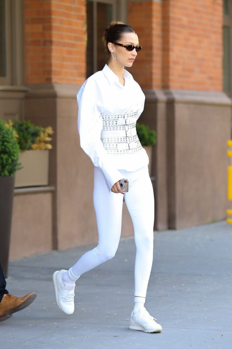 Bella Hadid Out in New York 2019/05/06 4