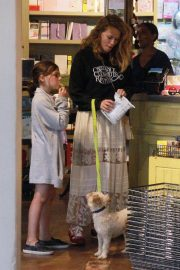 Bethany Joy Lenz with Her Daughter Maria Rose Galeotti Out in Los Angeles 2019/05/11 9