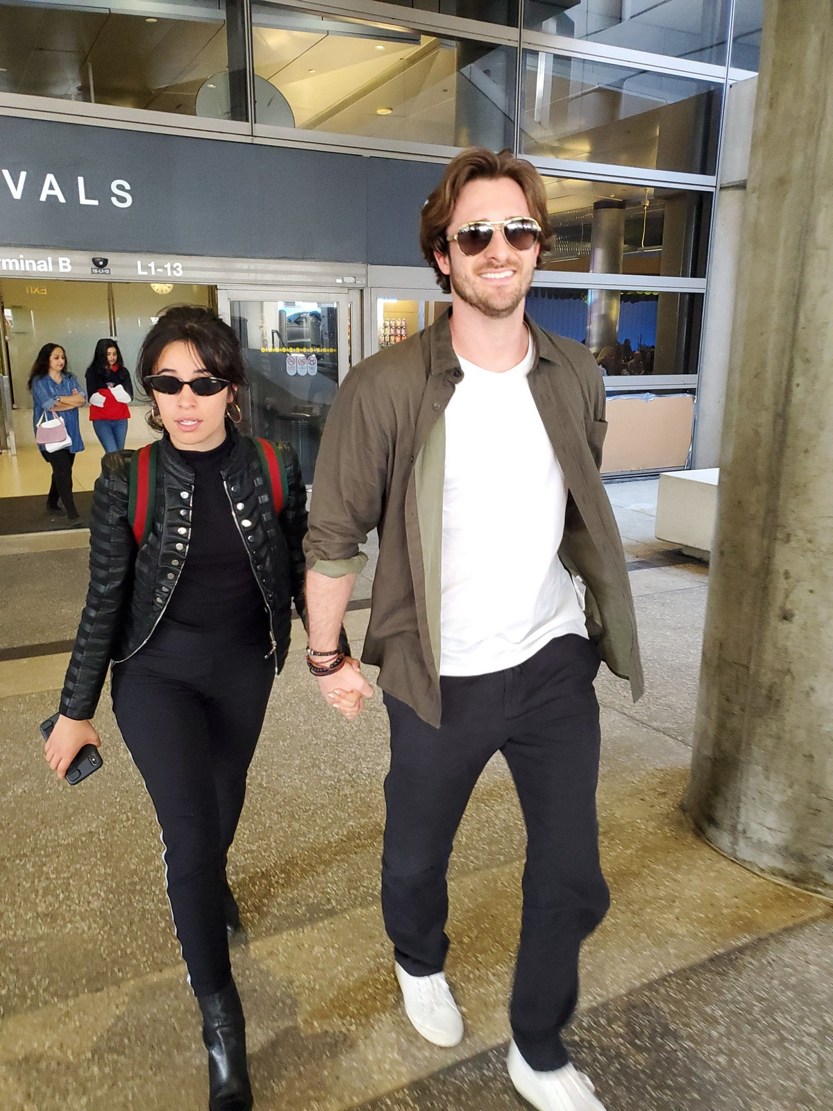 Camila Cabello with her boyfriend Seen at LAX Airport 2019/05/11 5