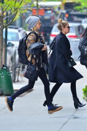 Cara Delevingne and Ashley Benson Out in New York 2019/05/01 3