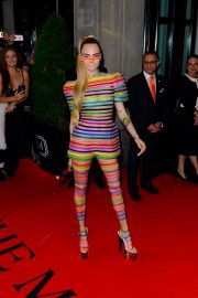 Cara Delevingne Out in Stripes for the 2019 Met Gala in New York 201905/06 5