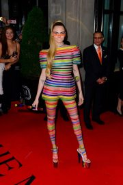 Cara Delevingne Out in Stripes for the 2019 Met Gala in New York 201905/06 6