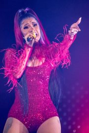Cardi B Performs at Wells Fargo Arena in Des Monies 2019/05/03 1