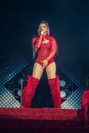 Cardi B Performs at Wells Fargo Arena in Des Monies 2019/05/03 4
