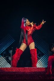 Cardi B Performs at Wells Fargo Arena in Des Monies 2019/05/03 5