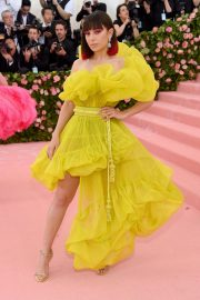 Charli XCX at The 2019 Met Gala Celebrating Camp: Notes on Fashion in New York 2019/05/06 2