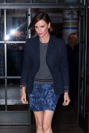 """Charlize Theron at """"Late Night with Seth Meyers"""" in New York 2019/05/01 1"""