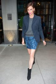 """Charlize Theron at """"Late Night with Seth Meyers"""" in New York 2019/05/01 5"""
