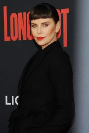 """Charlize Theron at """"Long Shot"""" Premiere at Square Theater in New York 2019/04/30 4"""