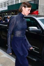 Charlize Theron Out Midtown Hotel in New York 2019/05/01 1