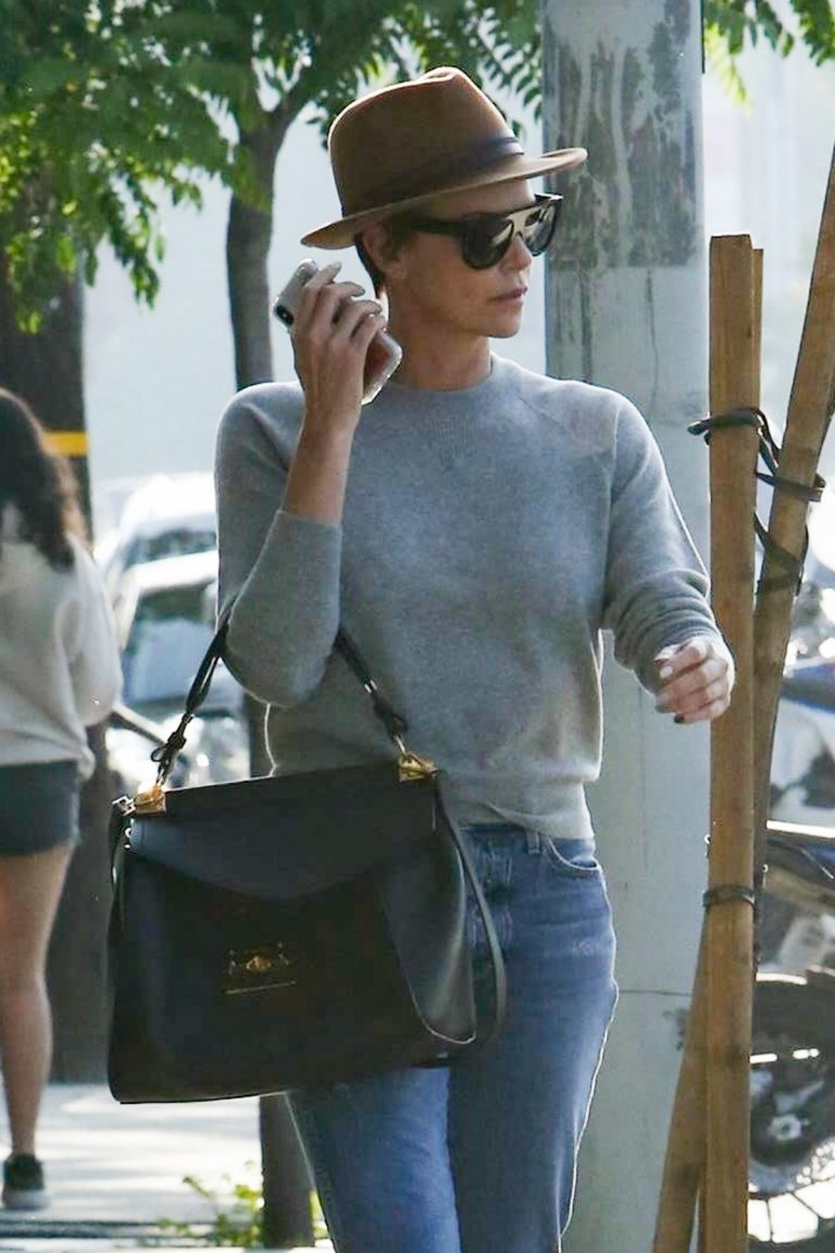Charlize Theron Out Salon in West Hollywood 2019/05/03 1