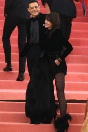 Charlotte Gainsbourg at The 2019 Met Gala Celebrating Camp: Notes on Fashion in New York 2019/05/06 1
