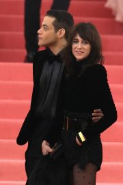 Charlotte Gainsbourg at The 2019 Met Gala Celebrating Camp: Notes on Fashion in New York 2019/05/06 5
