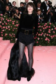 Charlotte Gainsbourg at The 2019 Met Gala Celebrating Camp: Notes on Fashion in New York 2019/05/06 7