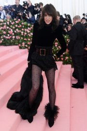 Charlotte Gainsbourg at The 2019 Met Gala Celebrating Camp: Notes on Fashion in New York 2019/05/06 26