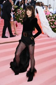 Charlotte Gainsbourg at The 2019 Met Gala Celebrating Camp: Notes on Fashion in New York 2019/05/06 29