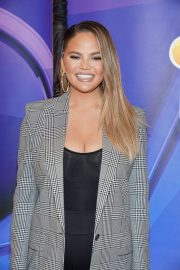 Chrissy Teigen Arrives NBCUniversal Upfront Presentation at Four Seasons Hotel in New York 2019/05/13 6