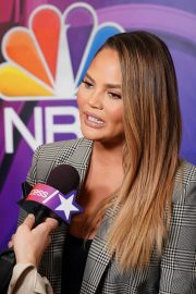 Chrissy Teigen Arrives NBCUniversal Upfront Presentation at Four Seasons Hotel in New York 2019/05/13 8
