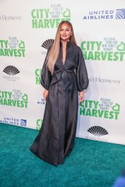 Chrissy Teigen at 36th Annual City Harvest Gala in NYC 2019/04/30 1