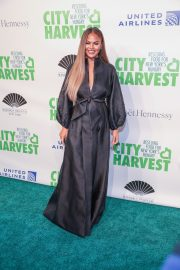 Chrissy Teigen at 36th Annual City Harvest Gala in NYC 2019/04/30 2