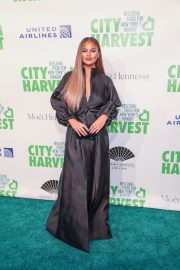 Chrissy Teigen at 36th Annual City Harvest Gala in NYC 2019/04/30 4