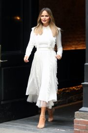 Chrissy Teigen Leaves The Today Show in New York 2019/05/02 1